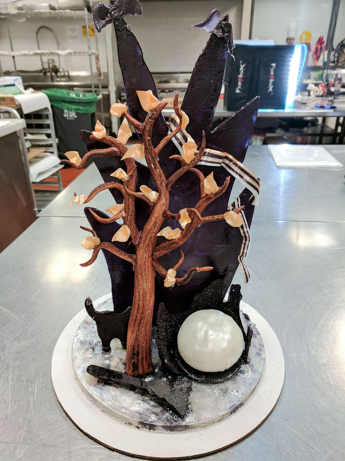 Halloween sugar showpiece