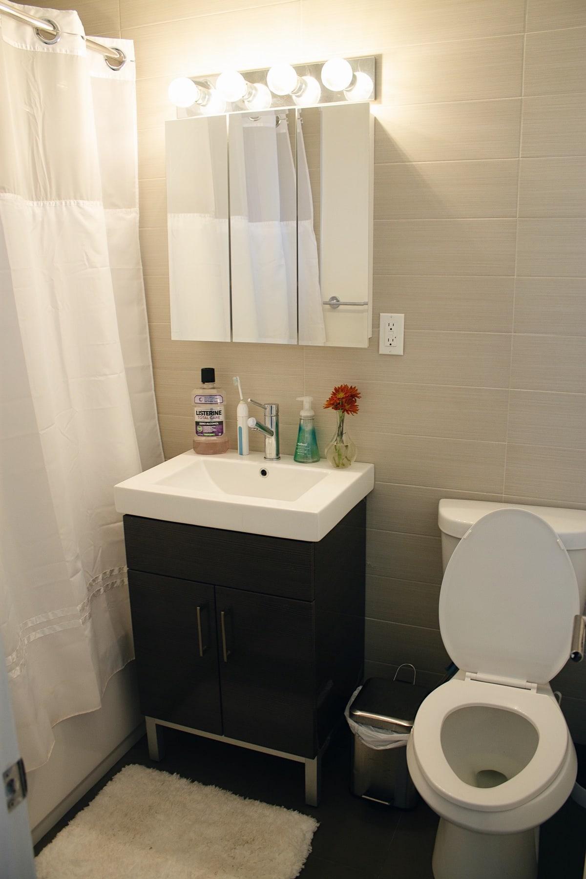 Bathroom for apartment tour